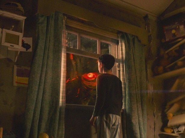 【写真を見る】リーアムが声とモーションキャプチャーで怪物を熱演!