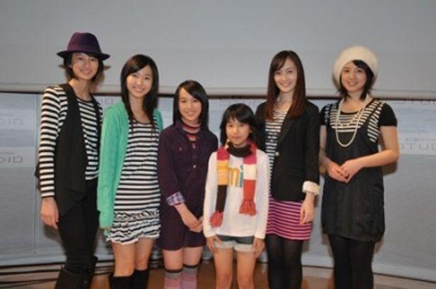 イベントに登場した高月彩良、菊里ひかり、宮武美桜、宮武祭、松山メアリ、桜庭ななみ(写真左から)
