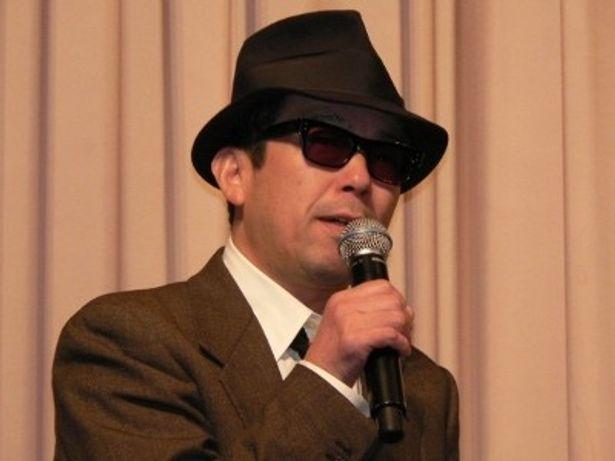 舞台挨拶が苦手で「悪夢にうなされていた」という矢崎仁司監督
