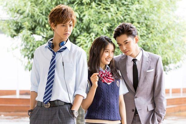 『兄に愛されすぎて困ってます』(6月30日公開)で非モテ女子高生を演じる土屋太鳳