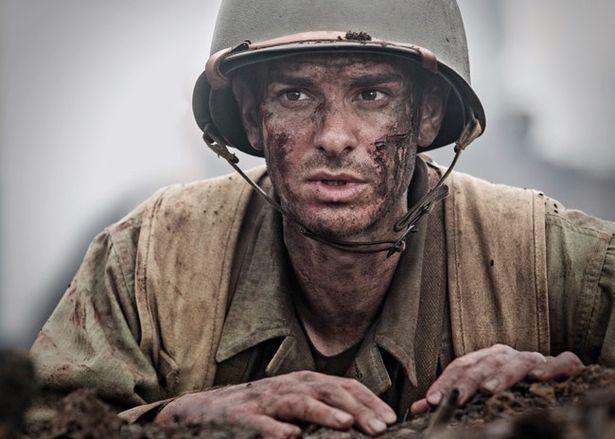 戦場で75人もの命を救った衛生兵デズモンド・ドスの実話を映画化した『ハクソー・リッジ』