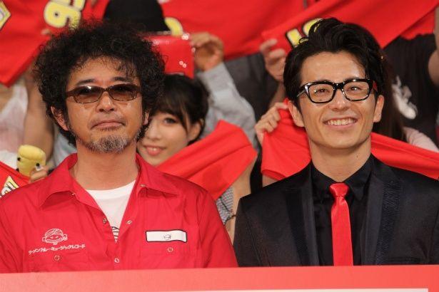 『カーズ/クロスロード』のイベントに登壇した奥田民生と藤森慎吾