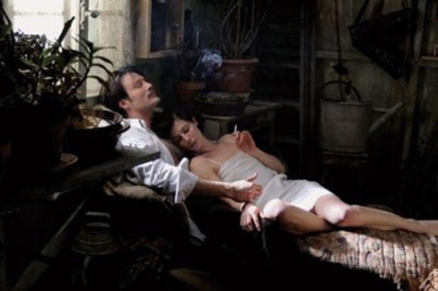 作曲家、ストラヴィンスキーとの情熱的な愛の顛末が映し出される