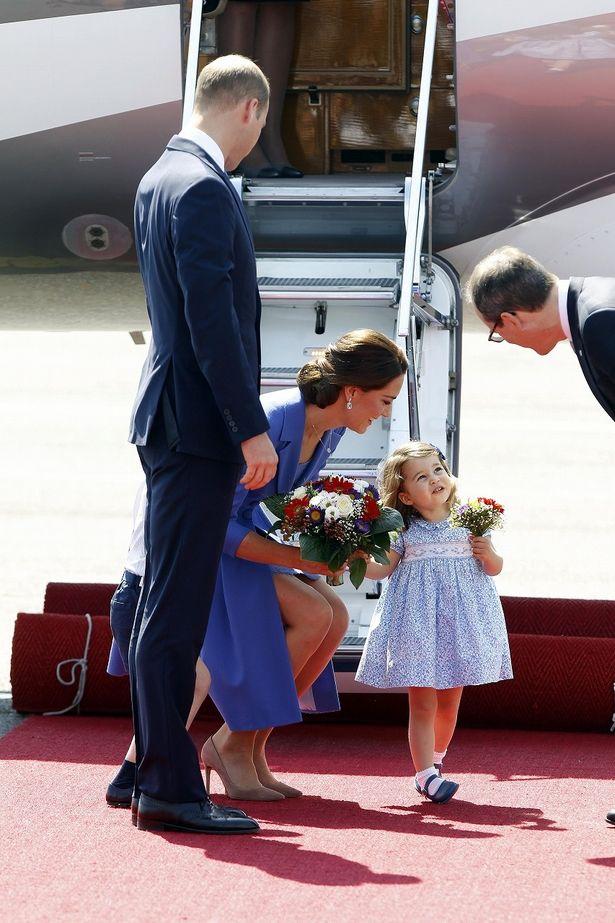 笑顔で公務を楽しむ姿は、エリザベス女王を思わせる?