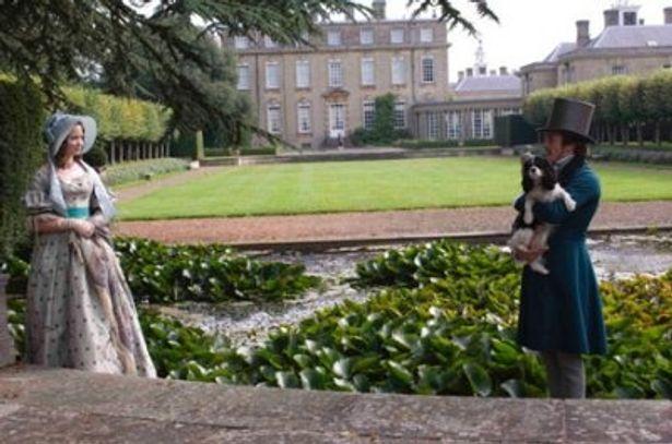 庭園で語り合うヴィクトリアとアルバート
