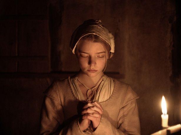 一家の長女トマシンを演じるアニャ・テイラー=ジョイ