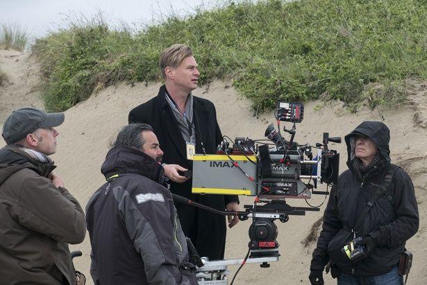 『ダンケルク』のクリストファー・ノーラン監督。本作の映像を「ゴーグル要らずのVR体験」と話す