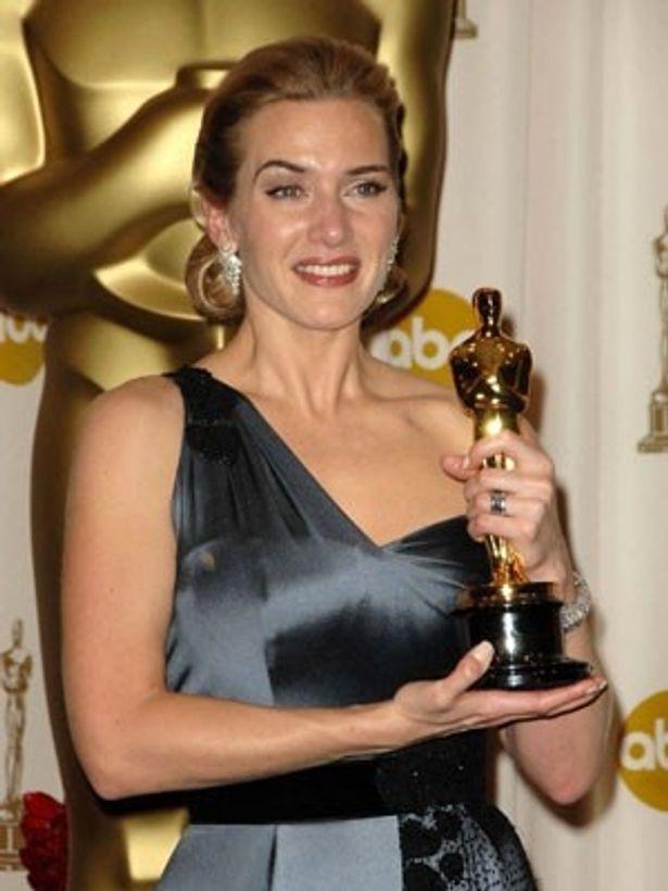 昨年の第81回アカデミー賞では、『愛を読むひと』(08)で念願のオスカーを手に入れたケイト・ウィンスレット