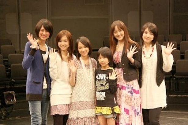 桜庭(写真右)は、本作で初舞台に挑戦した
