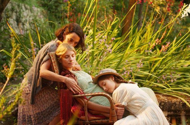 3世代の女性たちの人生を紡ぐ『エタニティ 永遠の花たちへ』