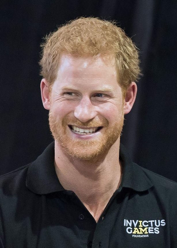 連日メーガンと公務に登場したヘンリー王子