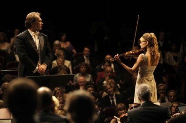 フランスの映画誌Ecranで、 2009年最高の満足度94%をたたき出したという話題作『オーケストラ!』