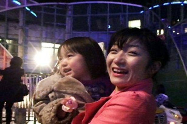 リーダーの増山麗奈は、二児の母親でもある