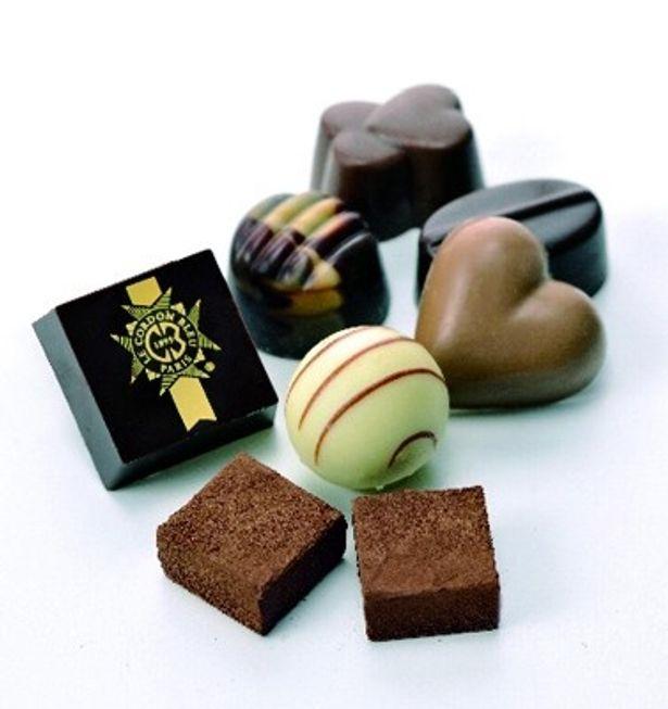 味にも包装にもこだわった本命チョコとして贈れる高級品がずらりとそろっている今年のコンビニ。今から間に合うバレンタインチョコ、あなたはどれにする?