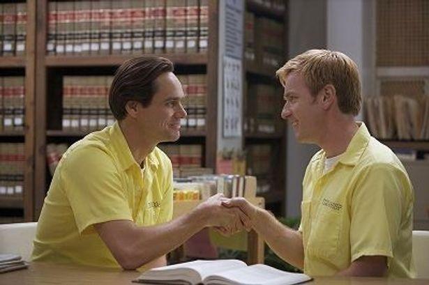 刑務所で出会ったフィリップにスティーブンは一目惚れ!