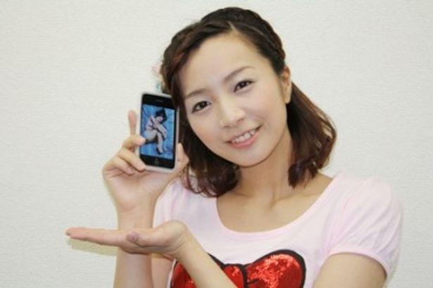 世界初となるiPhone写真集アプリ「mina's room」を発売した福井未菜