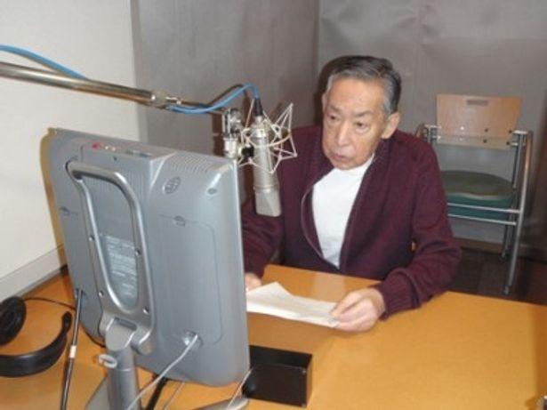 オリジナル10分番組「必殺を斬る」のナレーションに臨む藤田まことさん