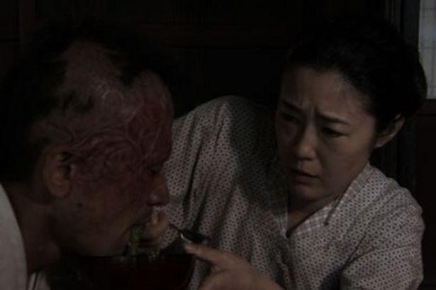 若松監督の最新作『キャタピラー』は、江戸川乱歩の「芋虫」を基にした話題作