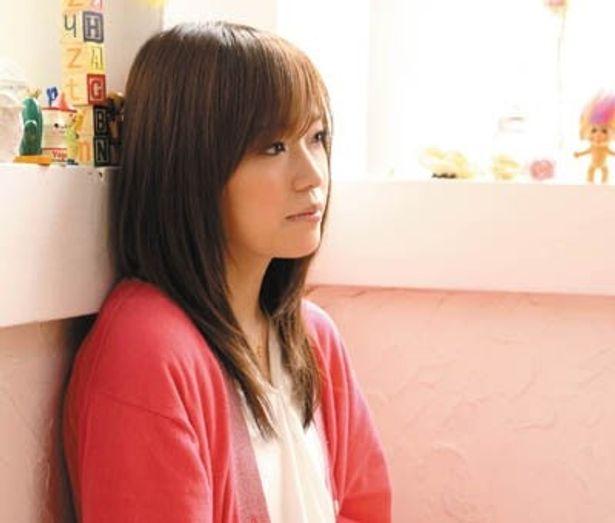 シンガーソングライターの川嶋あいが、直接「あなたの卒業したいこと」を手書きし、卒業証書として手渡してくれるイベントが「東京ジョイポリス」で開催