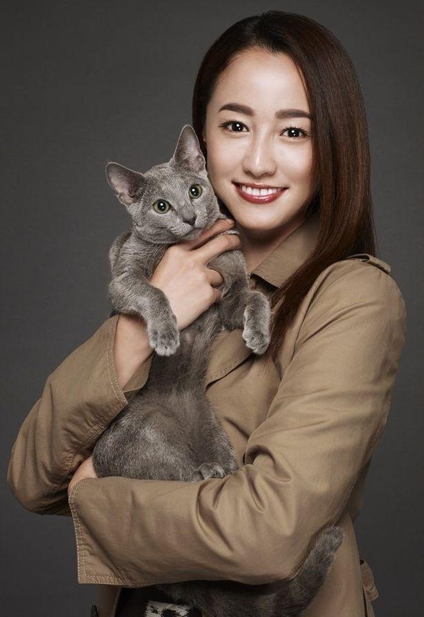 沢尻エリカの6年ぶりの主演映画では孤独な女性と猫のちょっと不思議で心温まる物語を描く