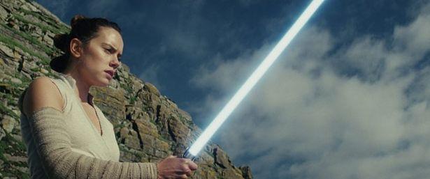 公開10日間で動員211万人を突破した『スター・ウォーズ/最後のジェダイ』