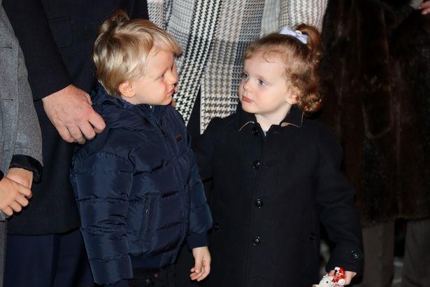 双子のジャック公子とガブリエラ公女は、両親どちら似?