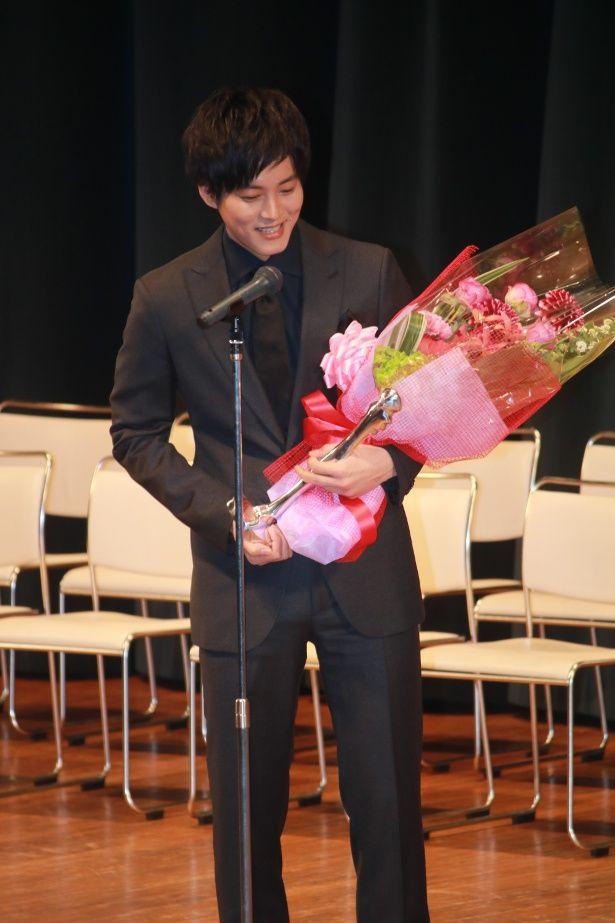 『彼女がその名を知らない鳥たち』で助演男優賞を受賞した松坂桃李