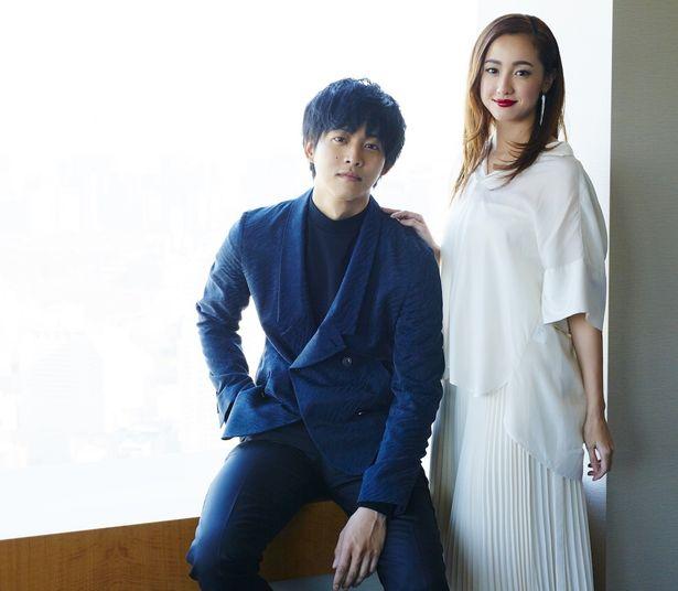 """松坂桃李と沢尻エリカの""""初体験""""に迫る!"""