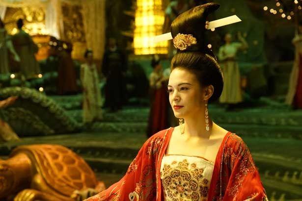 映画における最重要人物である楊貴妃。彼女は空海が唐を訪れた時代より約50年前にその生涯を閉じたが…