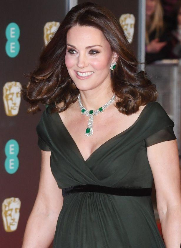 英国アカデミー賞での、ダークグリーンのドレスは不本意だったのだろうか?