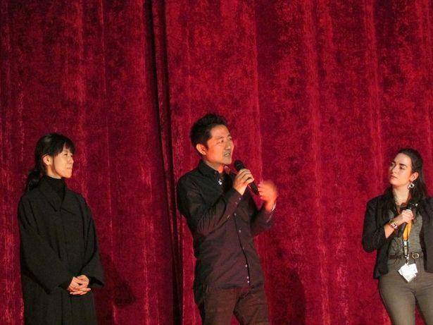 『港町』でベルリン国際映画祭に登壇した想田和弘監督