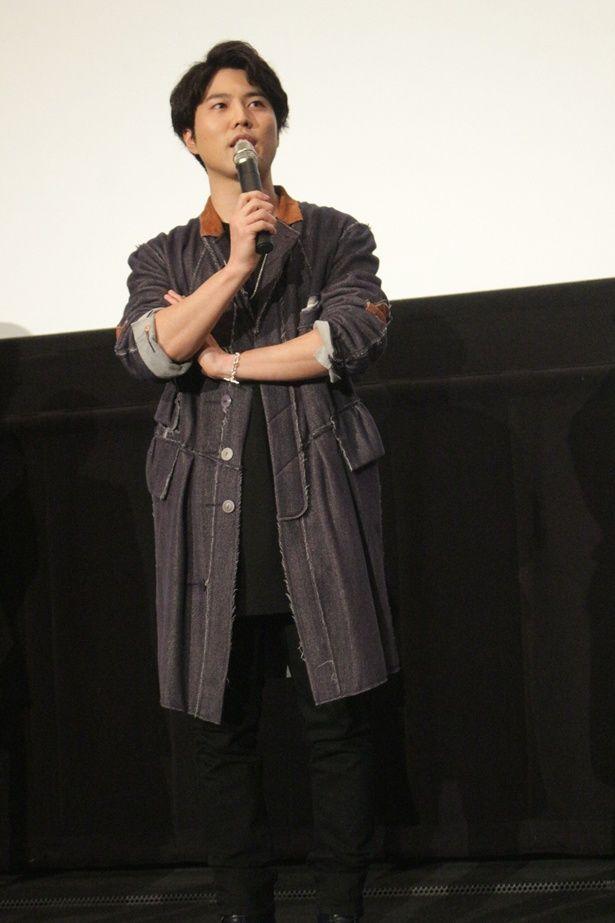 岡田の脚本作品では「あの花」のじんたん=宿海仁太役を演じた入野自由が、アフレコ現場で石見へ演技アドバイス