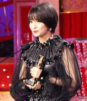 【日本アカデミー賞】最優秀助演女優賞は『三度目の殺人』の広瀬すず!「是枝監督に恩返しができれば」