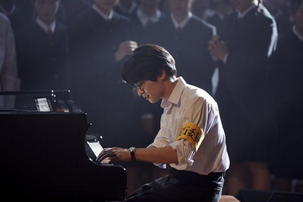 Hey! Say! JUMP・知念侑李のピアノ演奏を、複数のカメラで堪能!