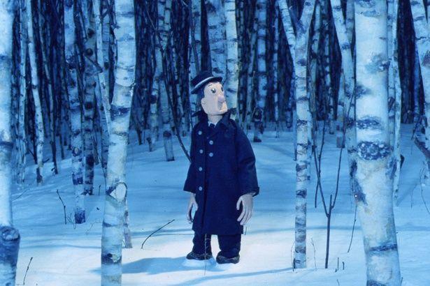 【写真を見る】ミスチル「HERO」のMVに使用された『白の路』。雪景色が美しい!