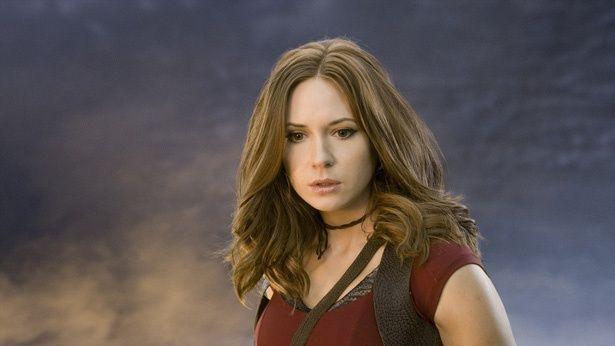 『ジュマンジ/ウェルカム・トゥ・ジャングル』には武術に長けた女戦士・ラウンドハウス(カレン・ギラン)が登場