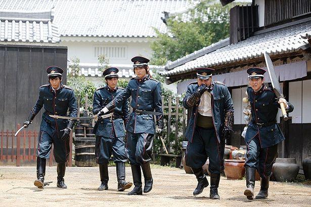 古川雄輝が右大臣直属の部隊「犲(やまいぬ)」の隊長・安倍蒼世を演じる