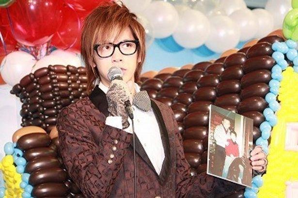 DAIGOが語る竹下元総理のおちゃめなネタに会場は大爆笑!