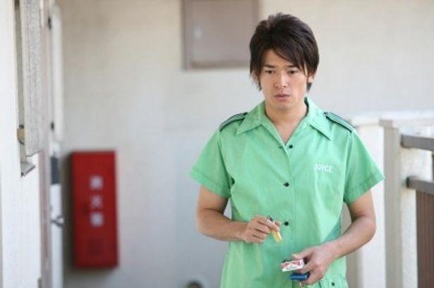車のカスタムが趣味というちょいダメ男に扮する高岡蒼甫