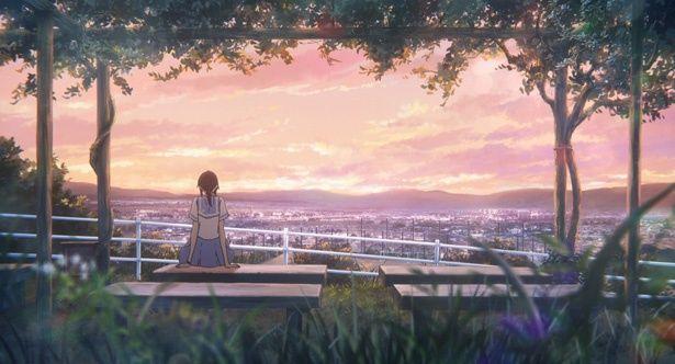 校舎内の敷地から景色を眺める希美。彼女が心に思うこととは…?