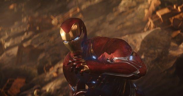 【写真を見る】ワカンダの技術が注ぎ込まれた(!?)アイアンマンの新作スーツもお目見え