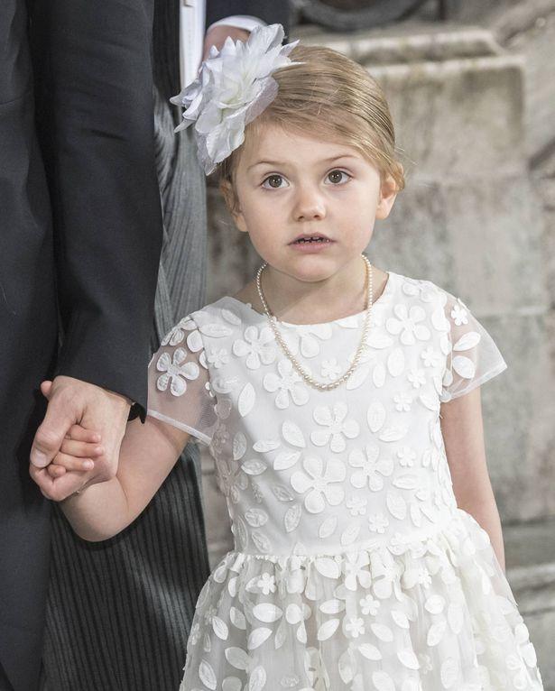 可憐な王女の姿にスウェーデン国民はメロメロ!