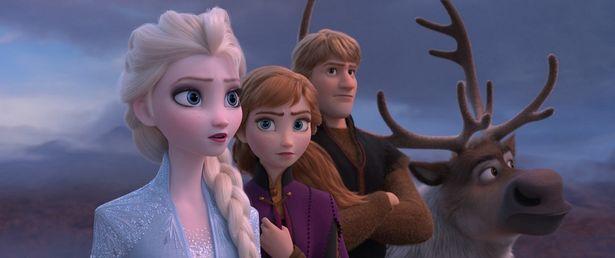 驚異的な数字で『アナと雪の女王2』が首位デビュー
