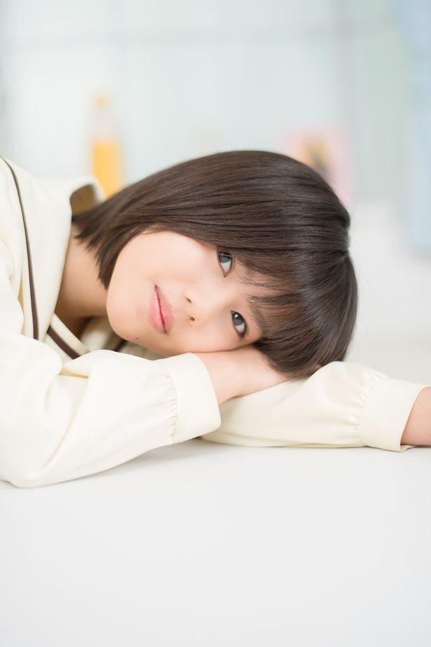 ドラマに続いて、映画「兄友」に出演する松風理咲。いまもっとも注目の若手女優だ