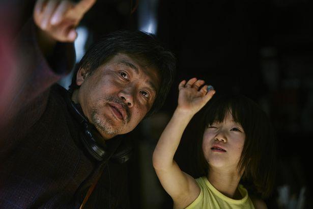 『万引き家族』でデビューを飾る佐々木みゆに注目!