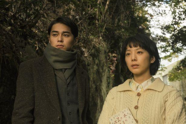 『ビブリア古書堂の事件手帖』に夏帆と東出昌大が出演決定!