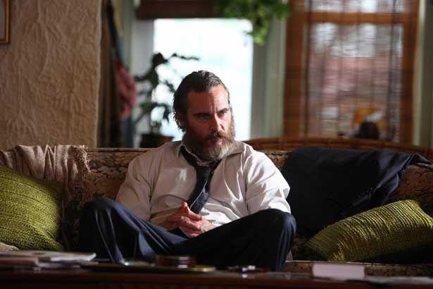 カンヌ国際映画祭でホアキンが男優賞を受賞した『ビューティフル・デイ』は6月1日(金)より公開