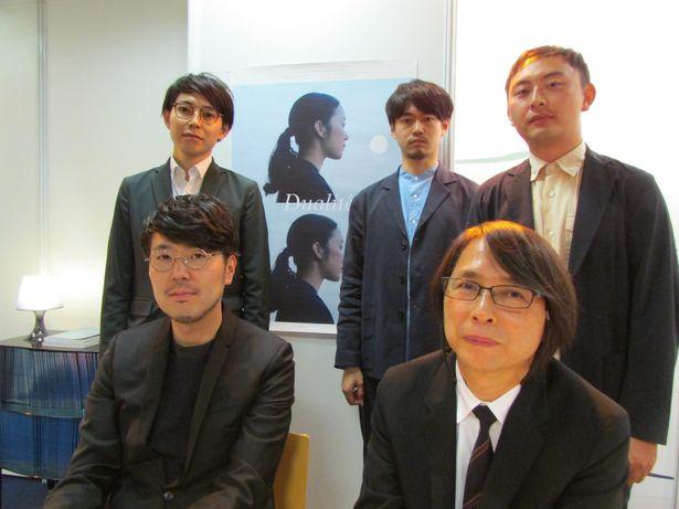 5人の監督。写真上段は「c-project」の面々、下段左は川村元気、下段右は佐藤雅彦