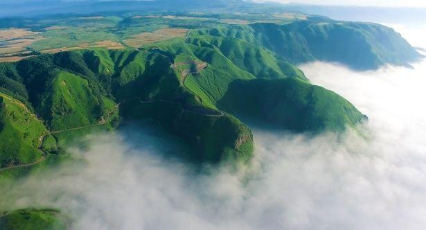熊本の阿蘇・天の道は地震の前に撮影された、いまでは見ることができない絶景だ