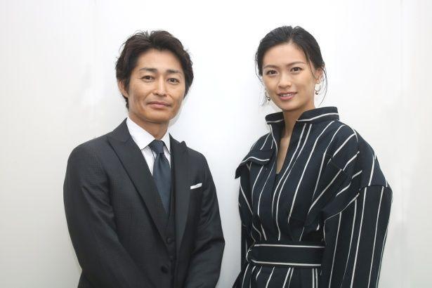 『家に帰ると妻が必ず死んだふりをしています。』でW主演を務めた榮倉奈々と安田顕